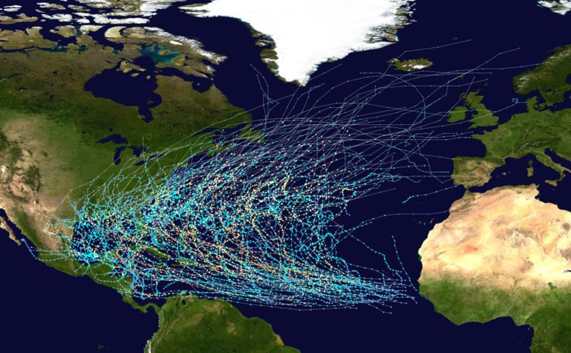 800px-Atlantic_hurricane_tracks_1980-2005