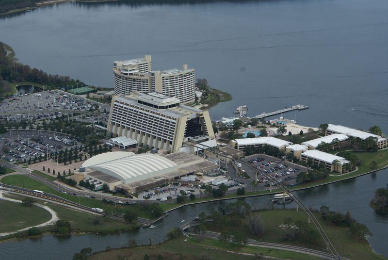 Tampa 100