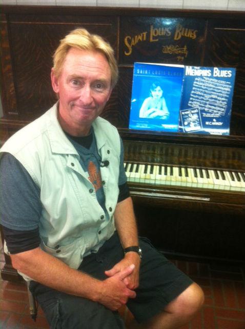 Handy's piano