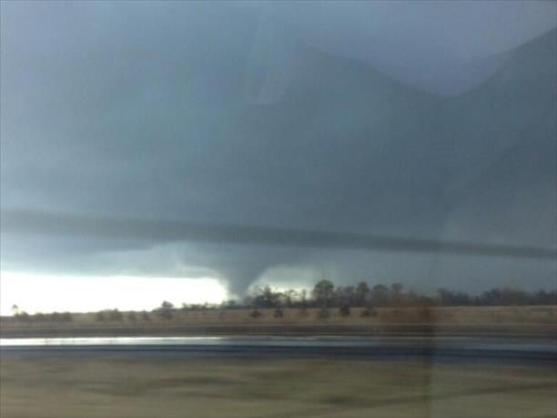 Tornado to west of I55 between Sikestin and cape - Chad Crow
