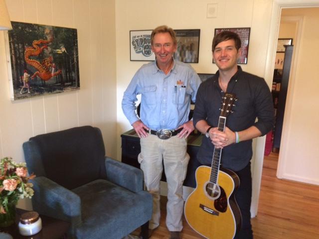 403 BROWAN AND FRIEND GUITAR & ART